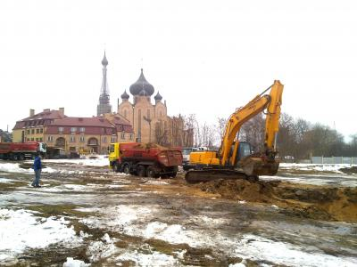 Białystok- wykop pod budowę obiektu mieszkaniowego przy ulicy Blokowej