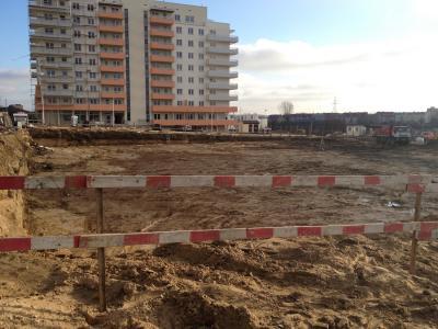Białystok- wykop pod budowę obiektu mieszkaniowego przy ulicy Jana Pawła II