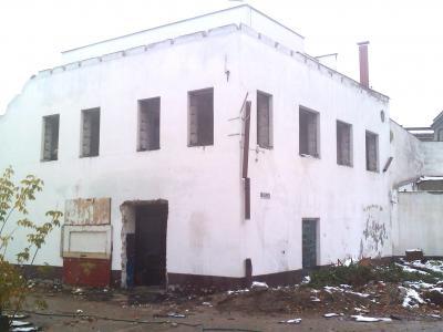 Warszawa- rozbiórka obiektu wielorodzinnego przy ulicy Mińskiej