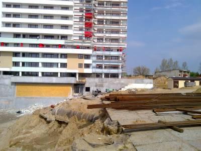 Białystok- wykop pod budowę obiektu usługowo- mieszkaniowego przy ulicy 1000- lecia Państwa Polskiego